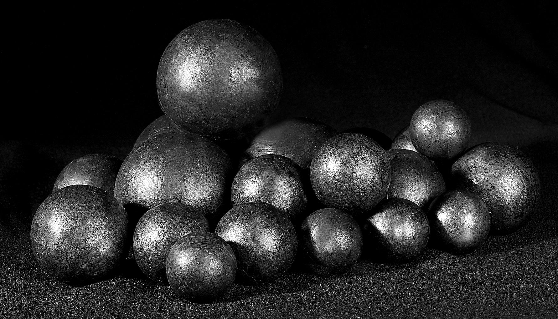 Стальные мелющие шары производства ООО «Завод «Энерготил» (Украина)